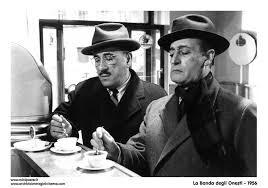 Buongiorno a tutti...un caffè all'italiana tutto x voi.