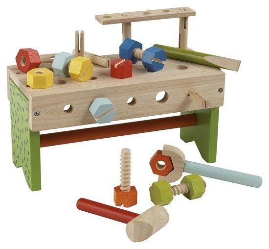 Hamerbank peuter *** Deze kleurrijke houten hamerbank bevat houten moeren, bouten, een sleutel en een hamer. Als je hem omdraait heb je in 1 klap een handige gereedschapskist! Leuk om mee te nemen op stap!