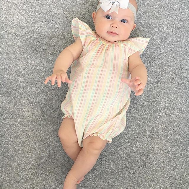 Linen romper days #cute #sun #summer #linen #romper #babyootd #ootd #lfl #kidsclothes #instakids #babygirl #teampink #pregnancy #expecting #widn #stripes #summeroutfit #avent #dummy #h&m #bow #blogger #mamma #daughter #newbaby #babiesofinstagram