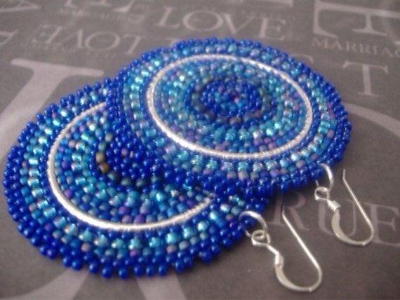 Orecchini di perline disco - grande grassetto seme multicolore blu luminoso della perla orecchini - gioielli di perline fatti a mano