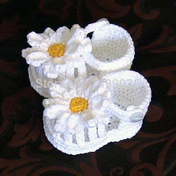 Crochet sandálias bebê sapatos flor branca, Crochet margarida menina sapatos para o presente recém-nascido(China (Mainland))