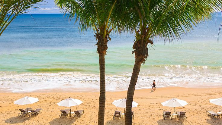 vero beach hotel exterior pool