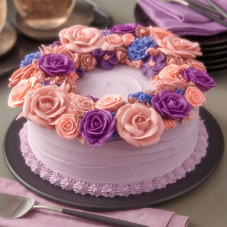 Make this elegant Flower Statement Ring Cake for your next celebration, luncheon, wedding or shower!
