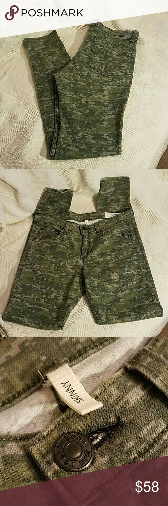 "Rag & BONE Skinny Jeans Camo size 29 Great Used Condition Camo Skinny Jeans Measurements Waist 30"" Rise 9"" Inseam 29"" Rag & Bone Jeans Skinny"
