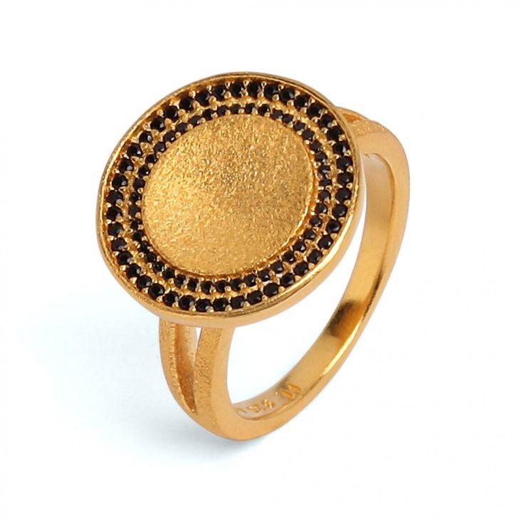 Cavo Ring mit schwarzem Spinell in Mikro-Pavé-Fassung #BerndWolf #Spinell #Concave #Geschenk #Weihnachten