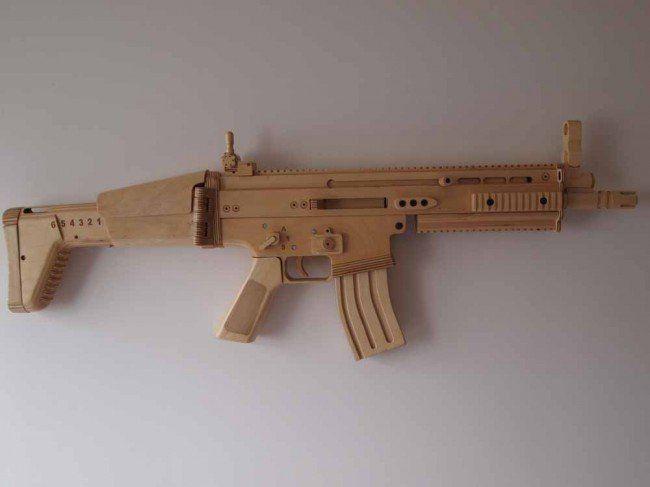 Splinter Sell Wooden Replica Guns The Firearm Blog For