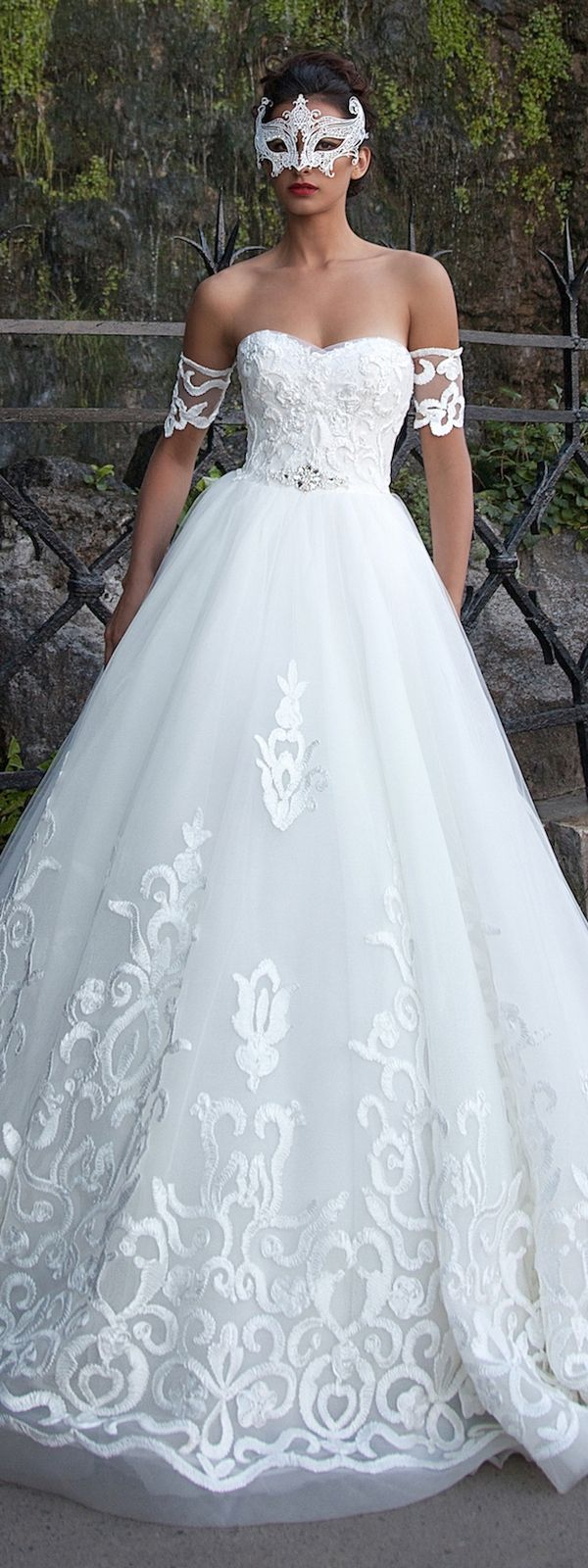 286 best Wedding dresses images by Carol Robinson-Brutus on ...