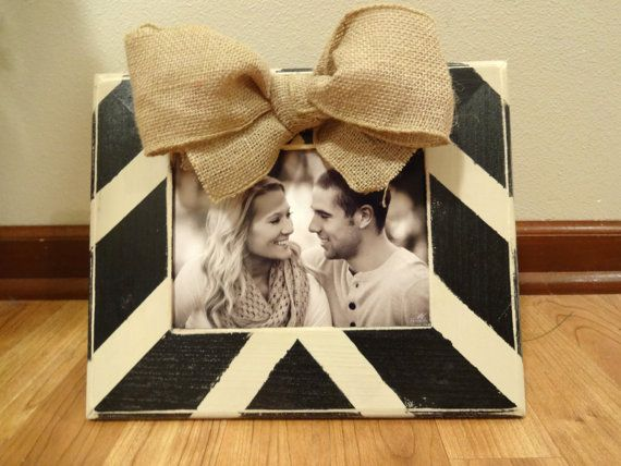 Chevron burlap bow frame by katieruebel on Etsy