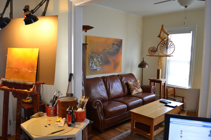 New studio, Nov.2014 comfortable for visiting guests and clients