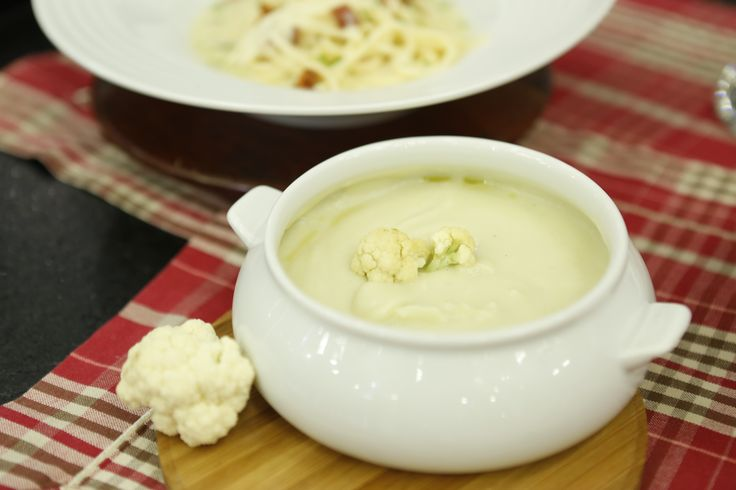 O prato tem 400 calorias, 21 g de proteína, 9 g de gordura e 60 g de carboidratos. A receita rende 800 g.