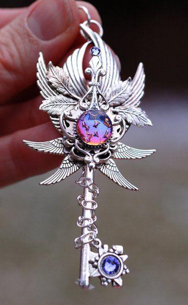 Atemberaubende Dekorationen in Form von Schlüsseln von Keyper