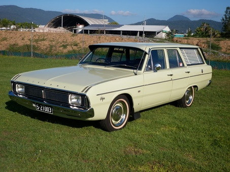 1969 Chrysler Valiant Safari