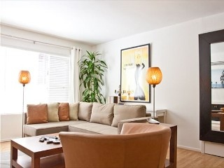 Steps from the beach. Modern apartment close to restaurants and shops! Vacation Rental in Venice Beach from @homeaway! #vacation #rental #travel #homeaway