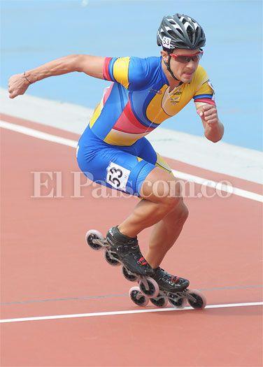 En el patinaje de los Juegos Mundiales de #CaliMundial, Andrés Felipe Muñoz se desquitó y logró medalla de oro en la prueba de 1000 metros. http://www.elpais.com.co/elpais/deportes/noticias/patinaje-juegos-mundiales-andres-munoz-desquito-y-logro-medalla-oro