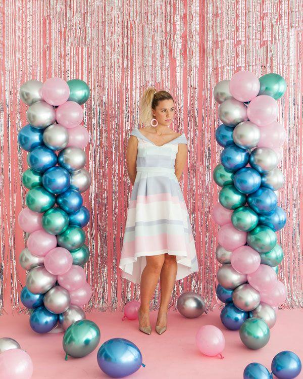 80's Prom Balloon Pillars   Oh Happy Day!    #diy #partydecor