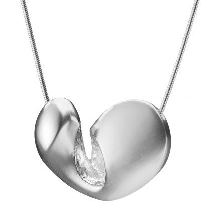 Lapponia Jewelry / With Love Necklace / Design: Poul Havgaard