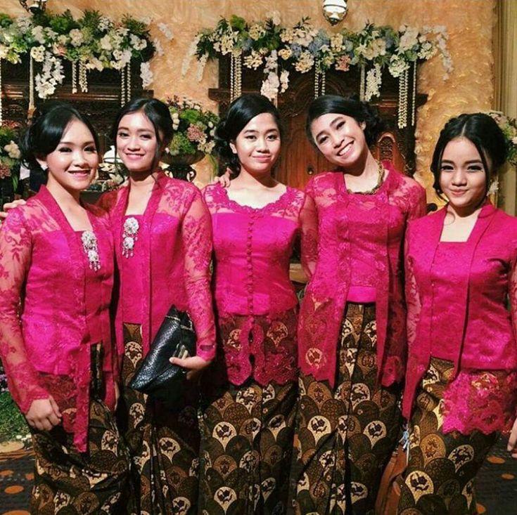 Model Kebaya Seragam Merah Trend 2016 Pernikahan Acara Keluarga Pesta Resmi