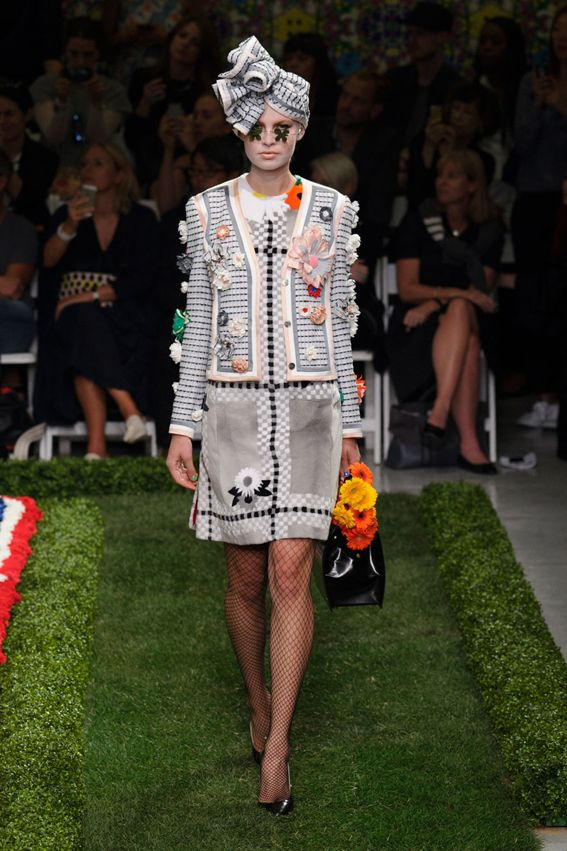 NY FW S/S 2015 Thom Browne Women's. See all fashion show at: http://www.bookmoda.com/?p=27866 #spring #summer #ss #fashionweek #catwalk #fashionshow #womansfashion #woman #fashion #style #look #collection #NY #thombrownewomens