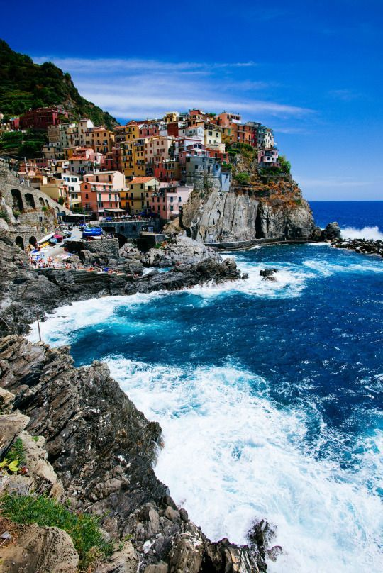 Manarola, Italy Discover amazing places around the world at unbelievable discounts.   zyntravel.com  Promo Code 1175
