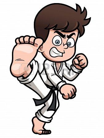 Haciendo karate por la tarde en mi rato libre como actividad extraescolar