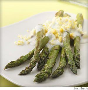 Roasted asparagus with garlic lemon sauceSauces Recipe, Side Dishes, Garliclemon Sauces, Salad Dressings, Boiled Eggs, Salad Dresses, Roasted Asparagus, Asparagus Recipe, Garlic Lemon Sauces