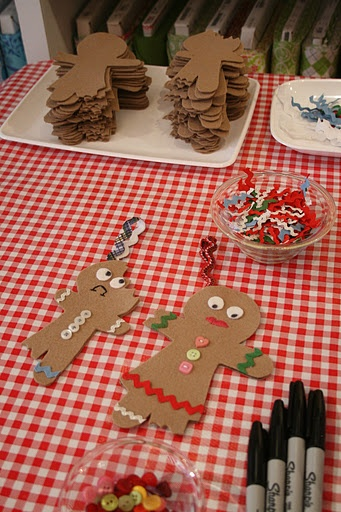 Gingerbread men (Letter G) Have kids make severe and glue to a circular base
