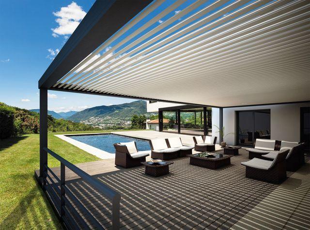 Les 25 meilleures id es de la cat gorie design terrasse couverte sur pinteres - Construire sa pergola bioclimatique ...