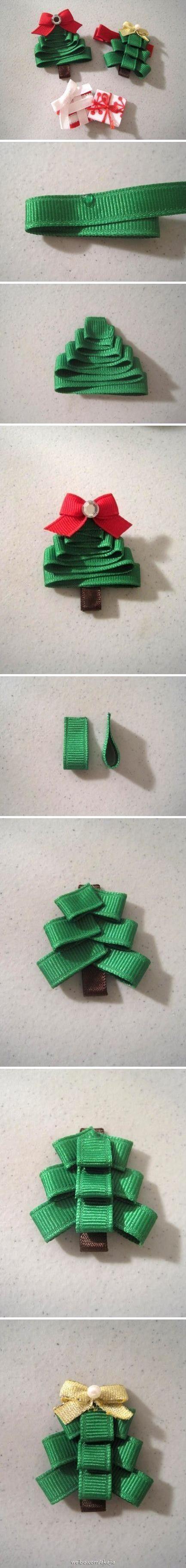 Ribbon hair clip - Christmas tree