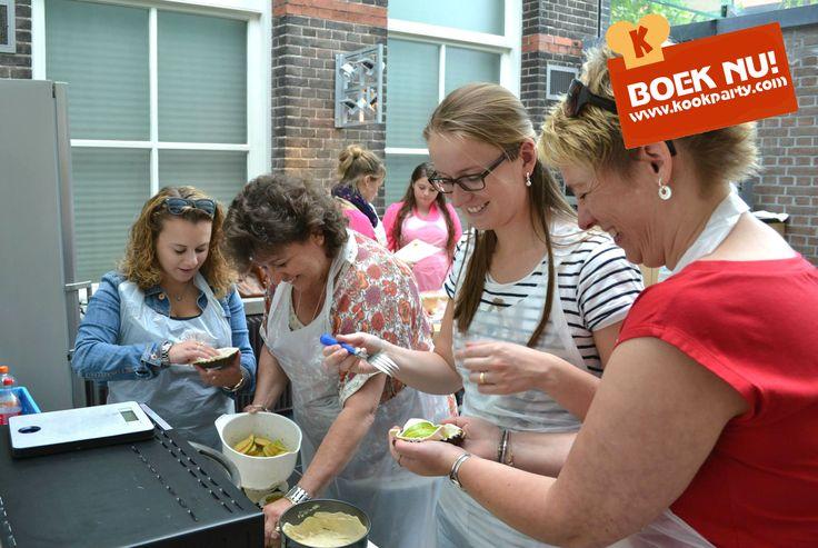 Op zoek naar een origineel vrijgezellenfeest idee? Boek de Kookparty, culinair koken in thema vrijgezellen. Bonbons, chocolade, taarten, tapas en veel meer. Kijk voor meer info op www.kookparty.com