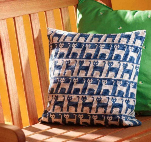 1000+ images about ? Crochet/Knitting Pillow & Cushion ? on Pinterest Crochet pillow, Crochet ...