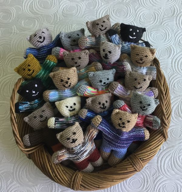 Knitting Patterns Teddy Bear Stuffed Animals : 22 best images about Charity knits and crochet on Pinterest Baby gifts, Pil...
