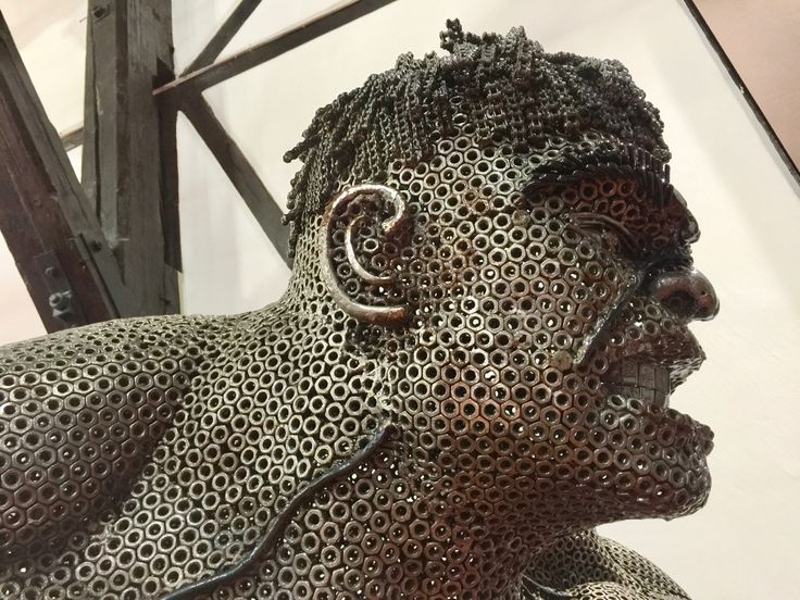 Iron Man, czyli Galeria Figur Stalowych