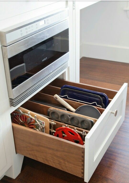 Island drawer for cookie sheets & cutting borads