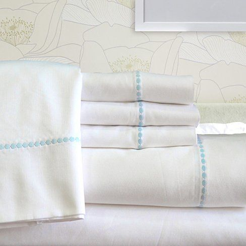 17 best images about linens bedding blankets towels on for High thread count sheets