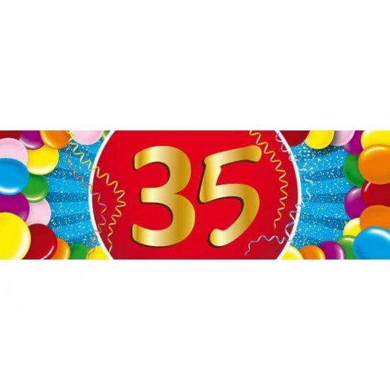 verjaardag 35 jaar sticker. Een vrolijk gekleurde sticker met het cijfer 35. Het formaat van deze sticker is 19,6 x 6,5 cm.