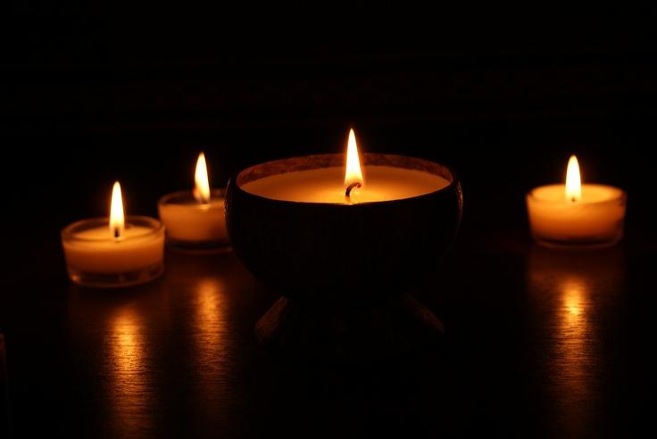 1000 images about nos bougies en lumi re on pinterest. Black Bedroom Furniture Sets. Home Design Ideas