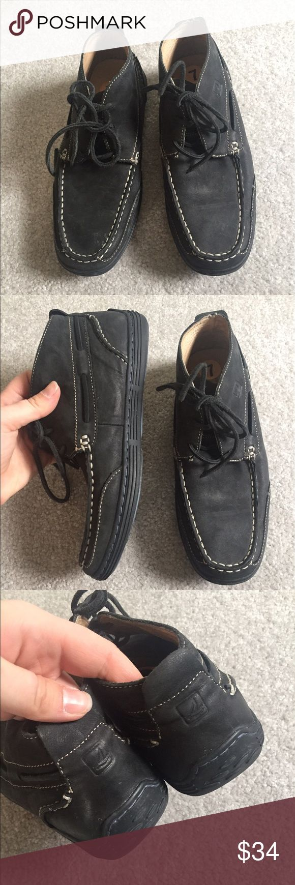 Sperry Topsider Men's Chukka Boat Boots size 7 Black leather Lace Up men's Booties from Sperry Topsider in a size 7. They are in very good condition with light wear. #menswear #shoefie #leather #black Sperry Shoes Chukka Boots