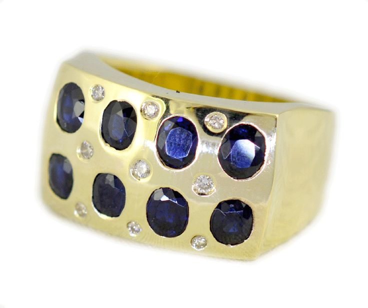Sapphire and diamond dress ring in yellow gold