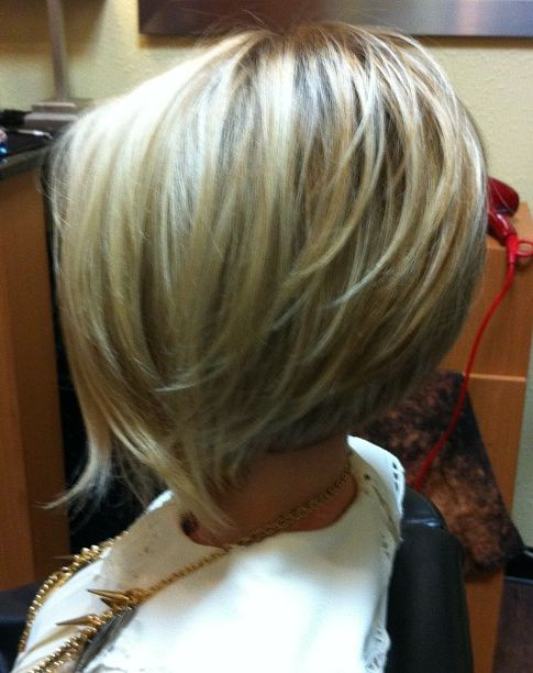 we love this bob! Same girl as another pin just the back view