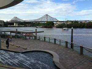 Suitcase Scribbles: Brisbane River Walk