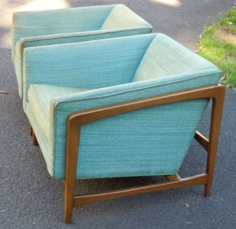 New York: Pair Mid Century Modern Cube Lounge Chairs $595 - http://furnishlyst.com/listings/652273