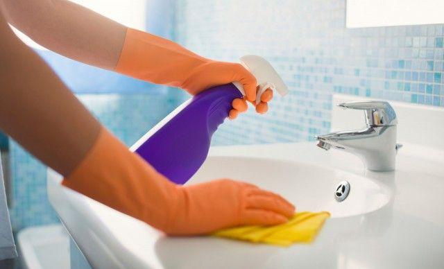 Как избавиться от налета в ванной: чистим все поверхности 0