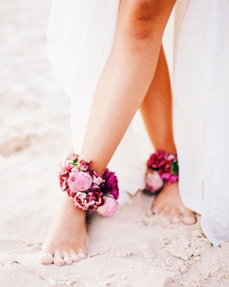 Wedding Trend Alert! Forget about footwear and swoon over these barefoot brides…