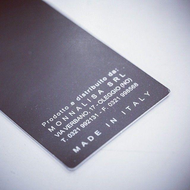 Il tuo da sogno è stato realizzato... ora non basta che andare a trovarlo! #ungiornoinsartoria con #ElisabettaPolignano è nato per svelarti come ogni giorno può nascere una magia e raccontarti una storia di passione e amore per il lavoro di sartoria, i cui strumenti essenziali sono: design innovativo, tessuti pregiati , bottoni, forbici, ago e filo! #atelierbackstage #couturier #designer #fashiondesigner #stilista #sartoria #sarta #sarto #ungiornoinsartoria