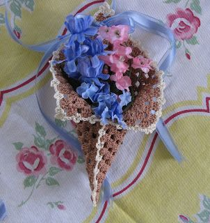 BellaCrochet: Granny's May Day Basket: A Free Pattern for You