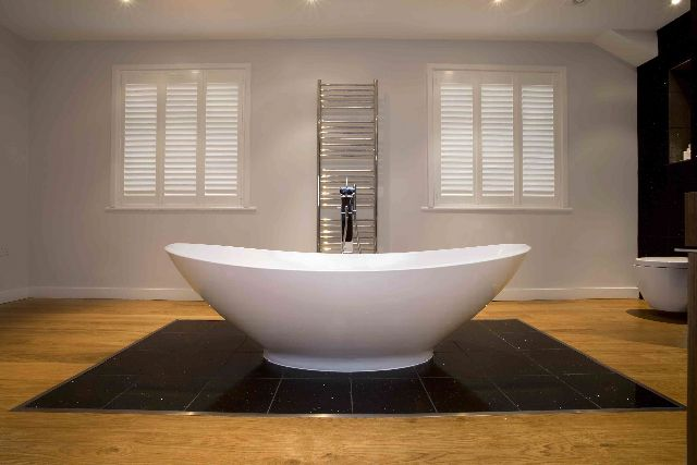 Bathroom #WindowShutters