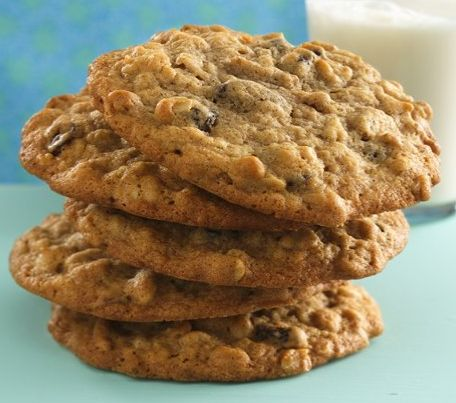 Best Oatmeal Cookie EVER: Oatmealraisin Cookies, Oatmeal Cookies, Cinnamonraisinoatm Cookies, Oatmealcooki, Cinnamon Raisin Oatm Cookies, Cookies Recipe, Oatmeal Raisin Cookies, Old Fashion Oatmeal Raisin, Cookies Jars