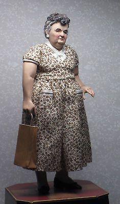 OOAK-Miniature-Hand-Sculpted-Doll-House-Doll-Chubby-Lady-Shopper
