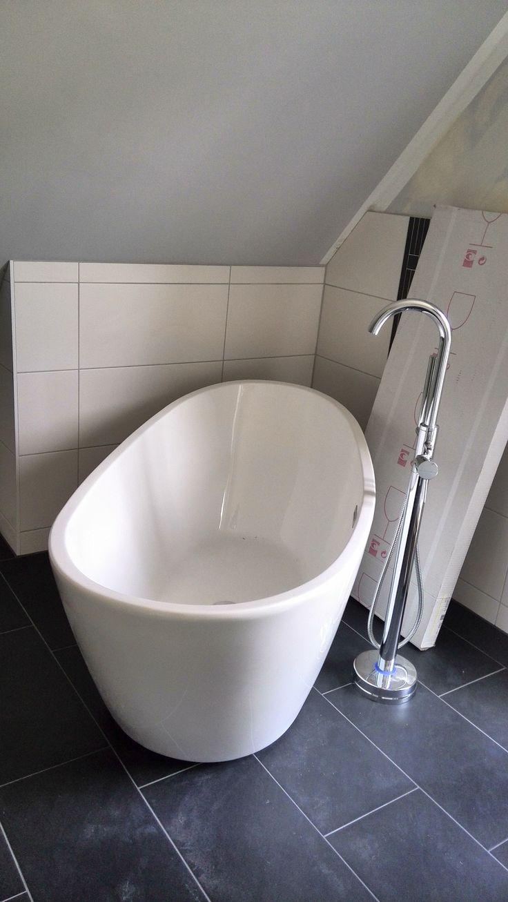 die besten 25 freistehende badewanne ideen auf pinterest luxus badewanne badezimmer und. Black Bedroom Furniture Sets. Home Design Ideas