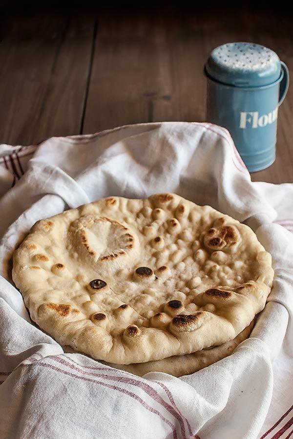 pan plano en sartén , fácil de hacer y con explicaciones paso a paso.